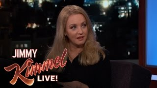 Wendi McLendon-Covey on The Goldbergs