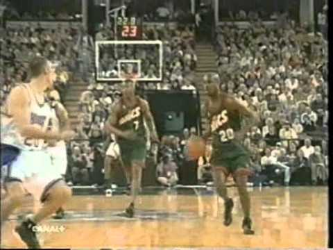 NBA Action 99-00 [15]