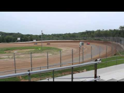Eagle Valley Speedway Hornet Heat 1 (Part 2) July 7, 2013
