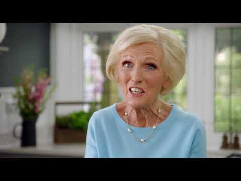 Classic Mary Berry: How To Make Burgers (Episode 2)   Cooking Show