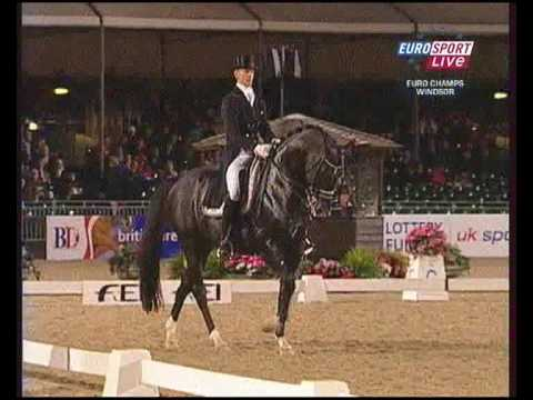 Edward Gal & Moorlands Totilas Kür 90.750% European Championship 2009 UK Windsor
