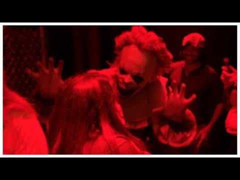 Ryan Seacrest - Sisanie Goes Inside Terrifying 'IT Experience Chapter Two' Horror Pop-Up