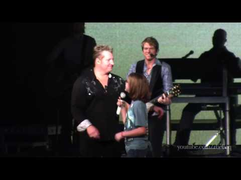 Rascal Flatts - What Hurts the Most - Live in Portland, OR (Unstoppable Tour) [HD]