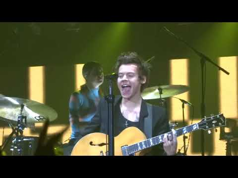 Harry Styles - Stockholm Syndrome - Brisbane 28.4.18 HD