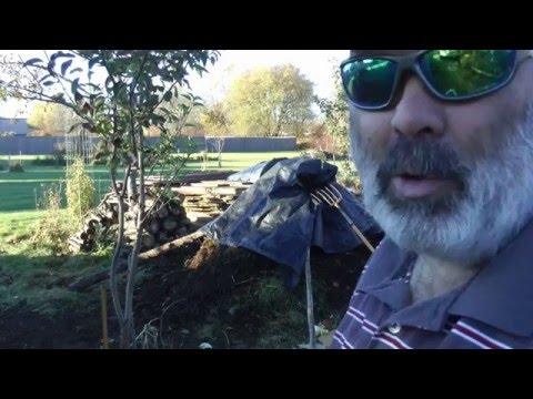 No Smell Composting Video 9
