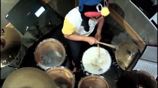 たこやきレインボー「オーバー・ザ・たこやきレインボー」のドラムです。