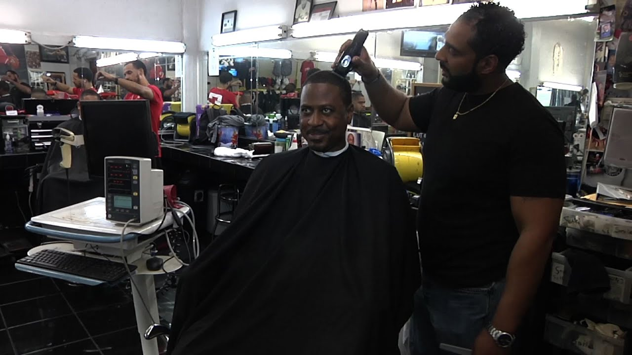 Barber Study Trims Black Men's Blood Pressure