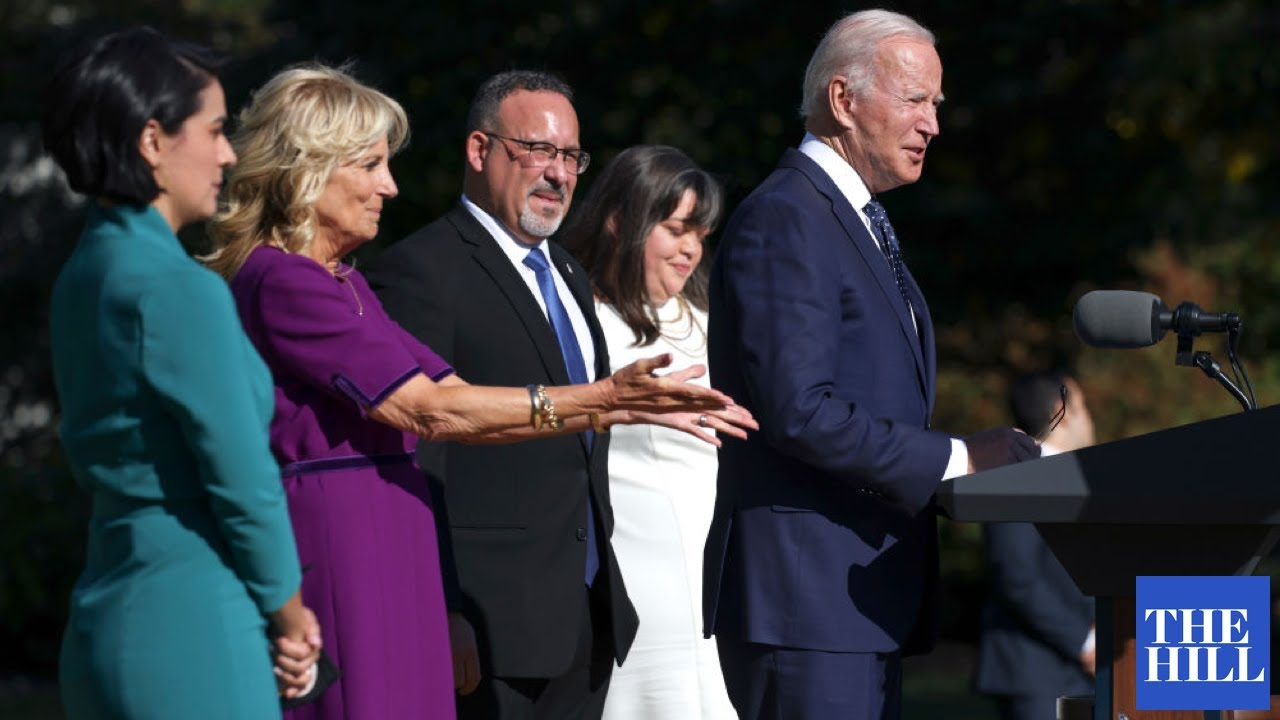 Download President, First Lady Honor Teachers At White House Awards Ceremony