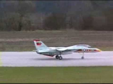 Model R C Jet Aircraft Awesome Big Boy Toy Youtube