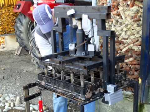 Coal/Charcoal/Coke Briquette Press