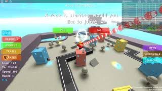 CHIPMUNK VS 1 0000 KM SPEED IN ROBLOX (Speed Simulator 2)