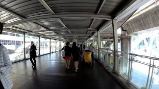 Bangkok Walking#4:skywalk from BTS chitlom to centralworld