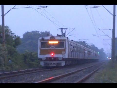 INDIAN RAILWAYS: Kolkata EMU Trailer thumbnail