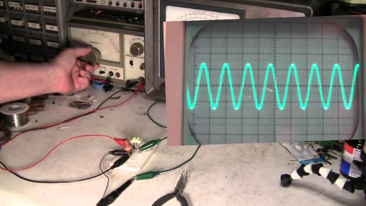 Lc Resonance Oscilloscope Demo Youtube The Series Circuits Are Used In Many Electronic