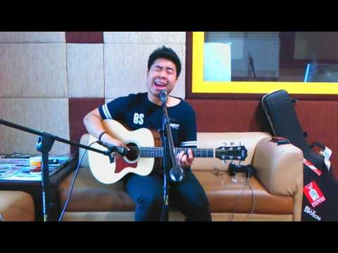 Billy Simpson | Live Performance at #PAGIPAGI 88.7FM iRadio Jogja