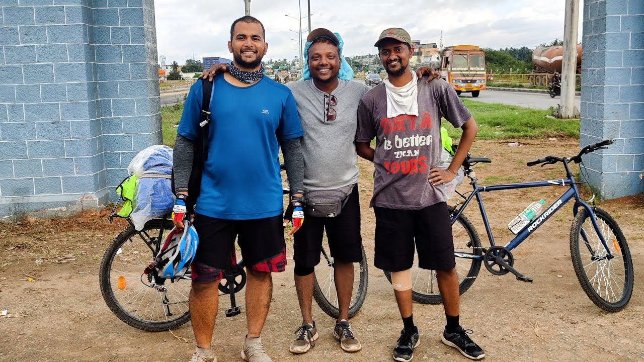 How three friends cycled from Mumbai to Kanyakumari without missing a single office day #OnJio