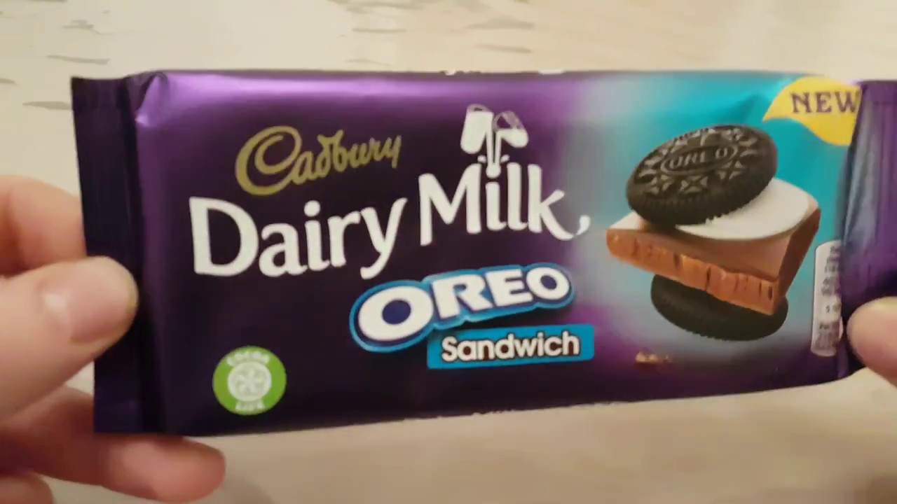 Oreo cookies and milk chocolate candy come together in this amazingly delectable chocolate bar. Crunchy bits of oreo with mint crème filling and rich milka.