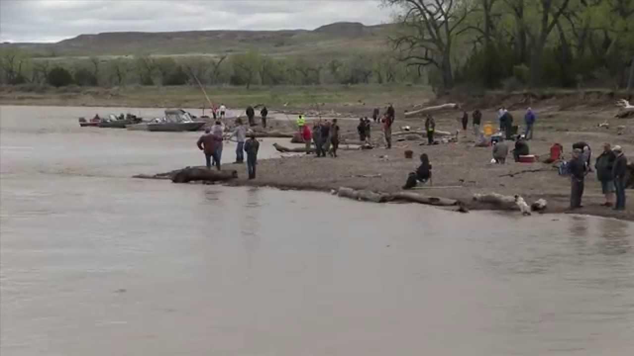 Paddle Fishing Intake Montana 2014 Youtube