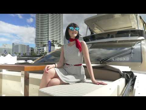 2018 Miami Yacht Show at Collins Avenue