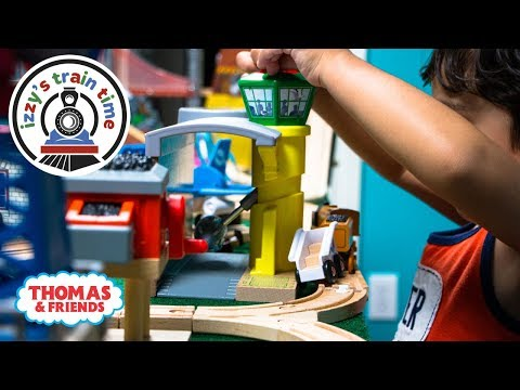 Toy Trains for Kids | Mom VS Bubs VS Dad Track! Thomas and Friends | Toy Trains for Kids