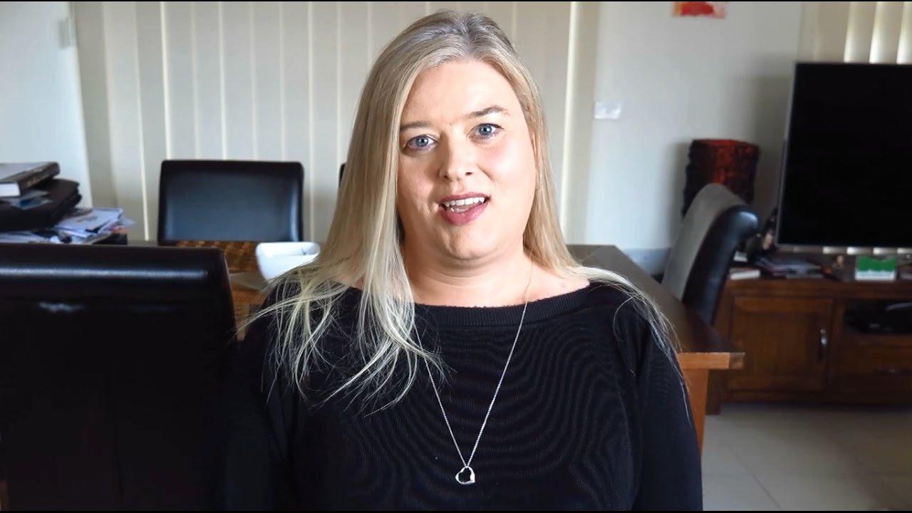 Sissy dating in Australia