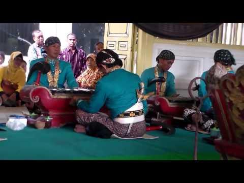 Sound of Sekaten Gamelan Music- Java Gamelan  of Yogyakarta Palace