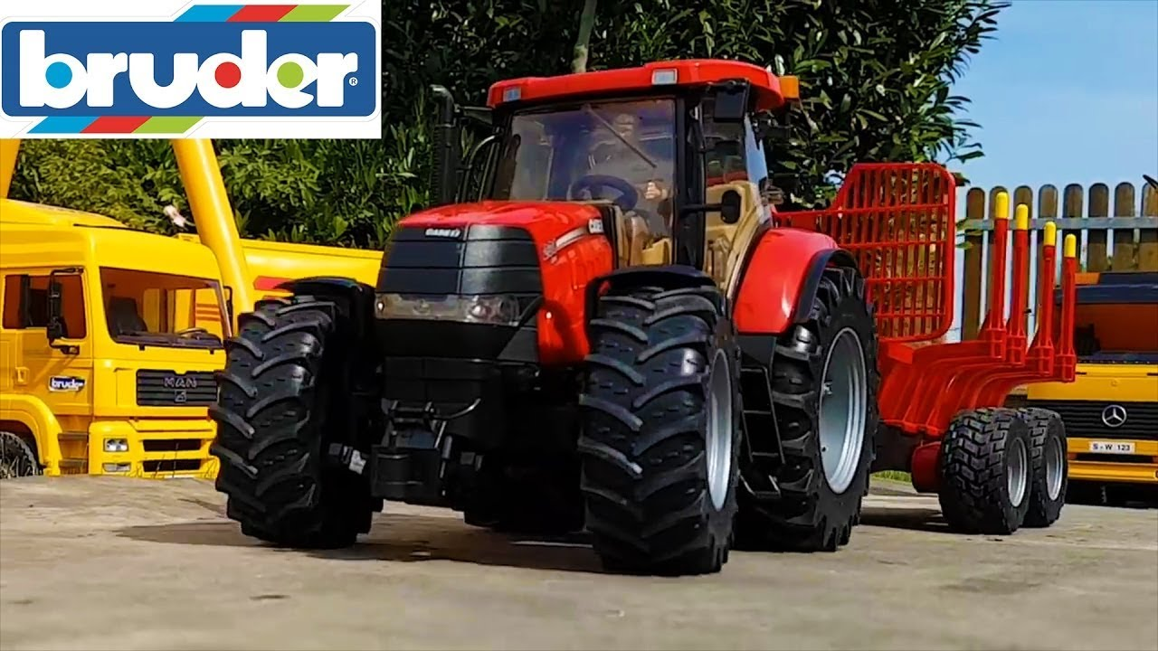 Stunning BRUDER RC tractors wood transport!