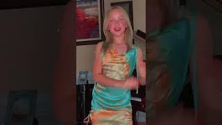 Lilly K  She make clap lnstagram