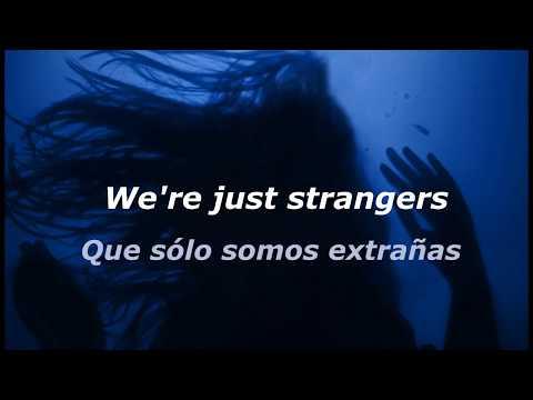 Halsey ft. Lauren Jauregui - Strangers (Lyrics - Sub Español)