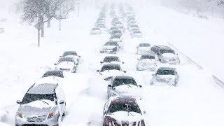 Снегопад века! Будьте осторожны, Москву и область накрыло полуметровым слоем снега!