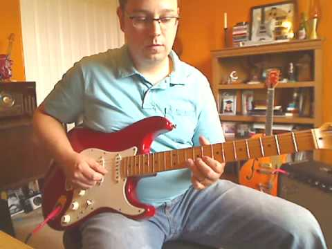 Eric Claptons WOnderful Tonight guitar riff and practice chords