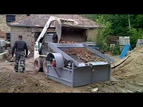 Topsoil Screener. Vibrating screen for topsoil - DIY (Do It Yourself) - Homemade from drawings. - YouTube
