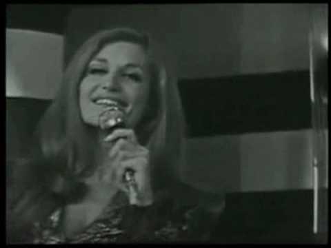 Dalida - La prima cosa bella poster