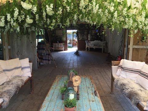 Wedding Flowers Installation @ The Dreys