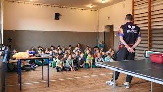 Pokaz Tenisa Stołowego w szkole - PawelTableTennis