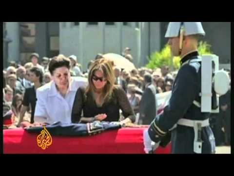 Chile protesters rally against Pinochet film