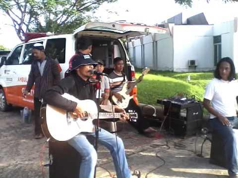 Paman Doblang --Yang terlupakan (Iwan fals cover) || Kalimantan Tv