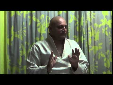 Mumbai Local with Manoj Joshi : Chanakya - In Search of the Character