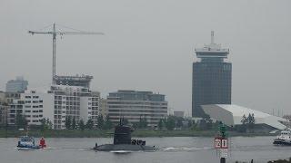Superyacht A en onderzeeboot Ms Walrus - River IJ Amsterdam