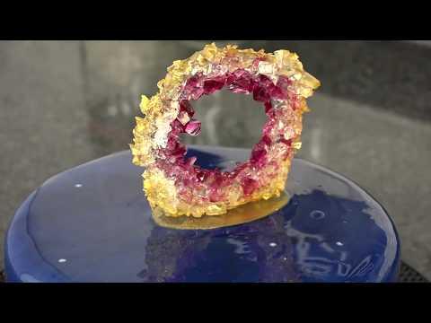 Comment faire une pierre précieuse en sucre ?