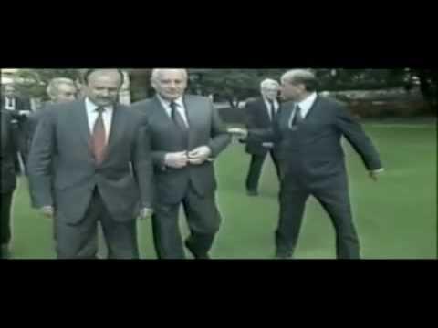 La Tomba Di Berlusconi
