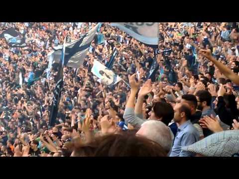 Ultras curva A - Napoli-Fiorentina: curva chiama INSIGNE