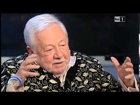 Bruno Vespa intervista Paolo Villaggio - Porta a Porta 06/05/2015