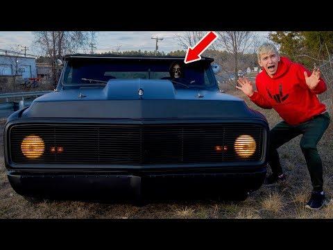 WE FOUND A HAUNTED GHOST CAR!!
