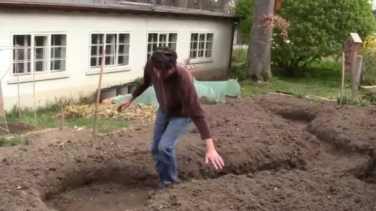 Vegetable Beds How To Make Keyhole Garden Bed / Permaculture Design