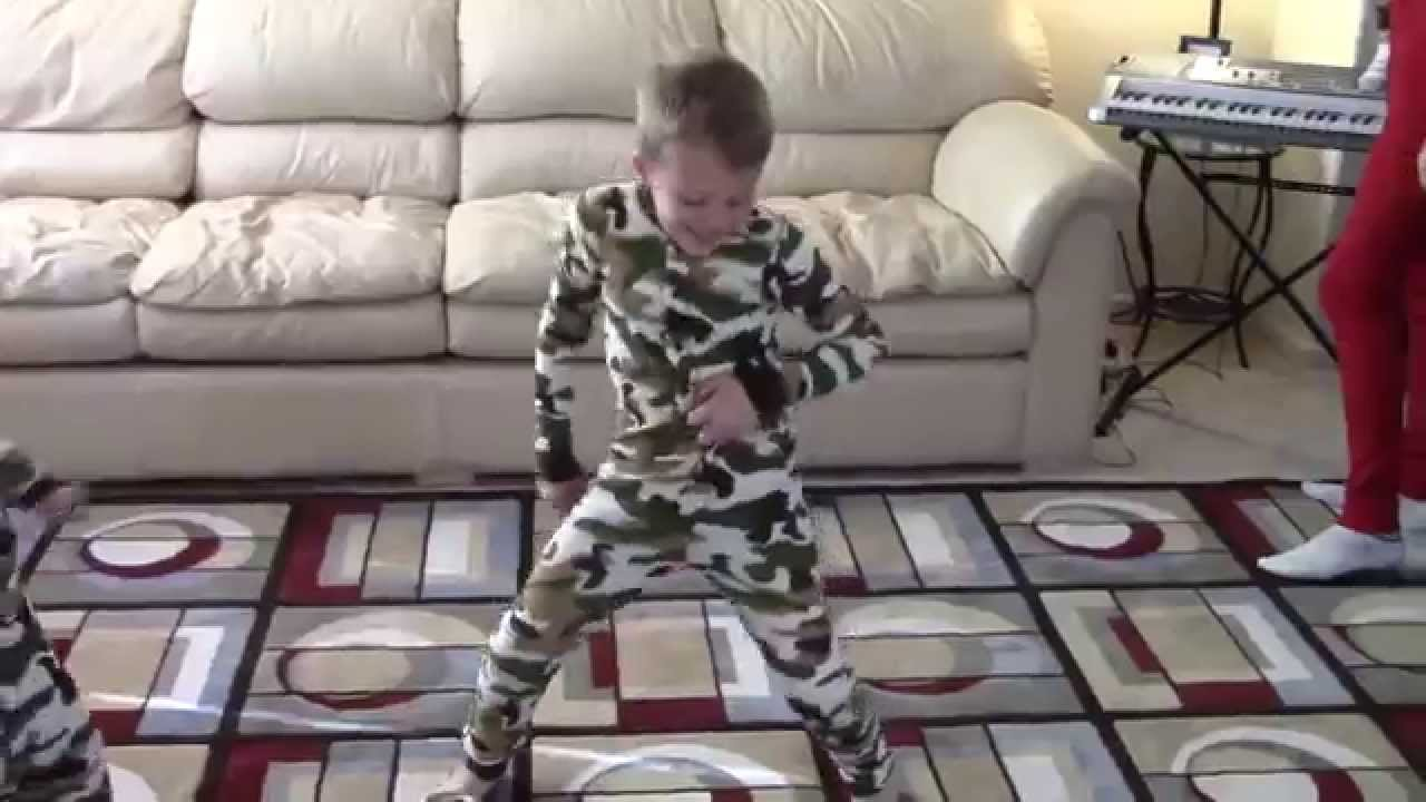 Flapjacks Funny Pajamas Dance Party - Family Fun Pack