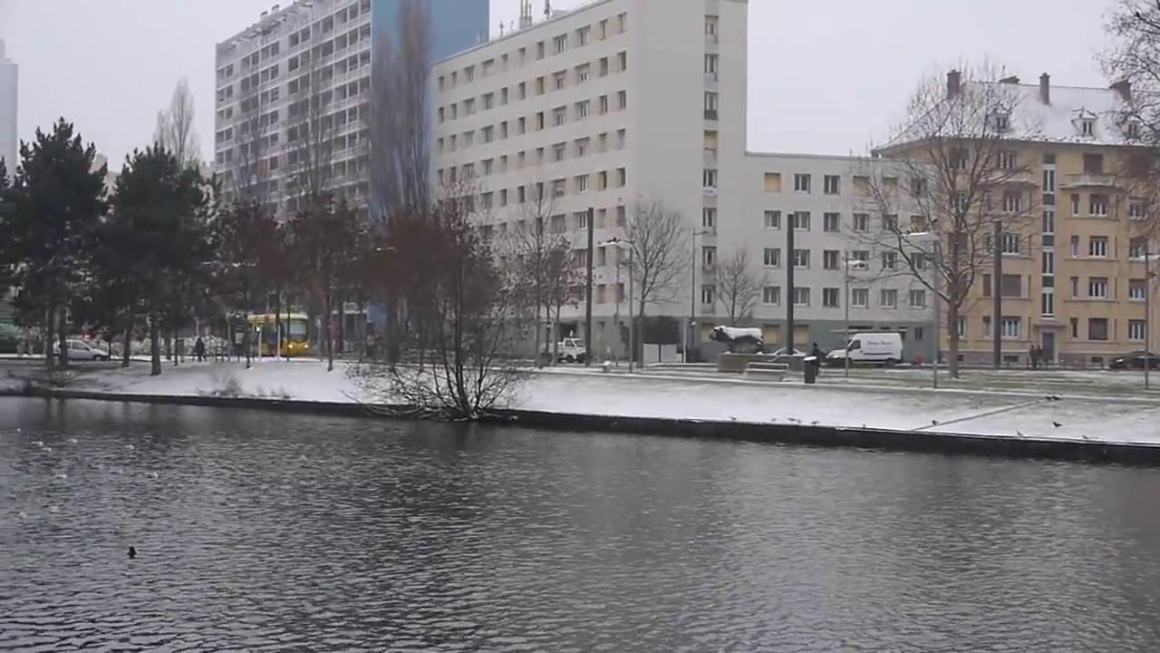 Mulhouse matin d 39 hiver au nouveau bassin bus et tram youtube - Bassin bois rectangulaire mulhouse ...