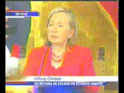 LAHT.COM -- Clinton Press Conference with Correa in Ecuador