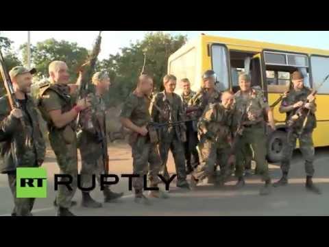 Ukraine: Anti-Kiev groups celebrate victory in Ilovaysk
