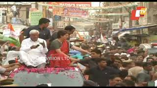 Congress leader Priyanka Gandhi holds roadshow in Kanpur